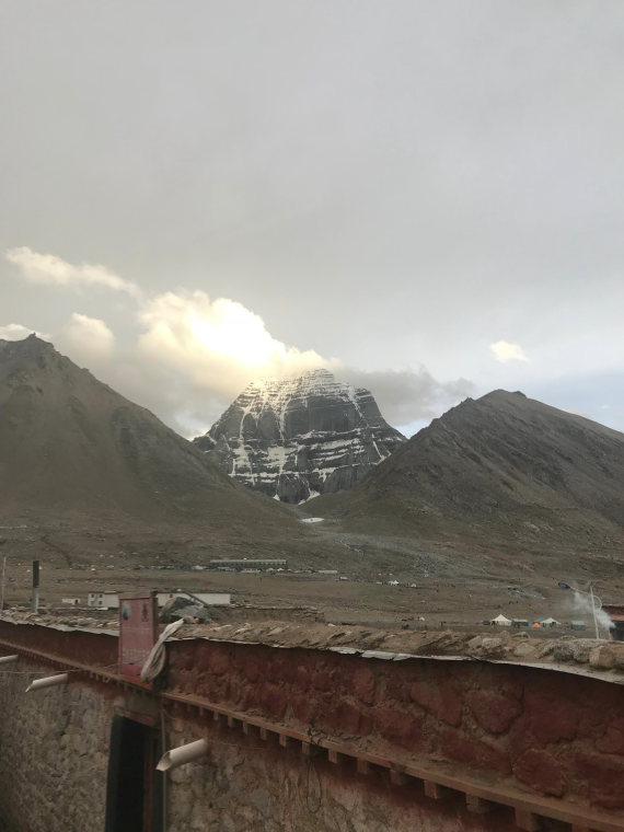 Mt Kailash Kora - © Bertie Cole-Fontayn