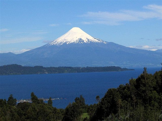 Volcan Osorno: © Flickr user Ben Tubby