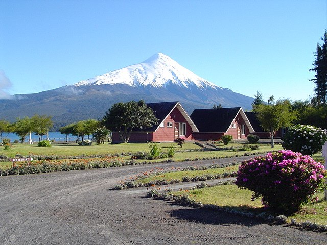 Volcan Osorno: © Flickr user CAROMIC FOREVER