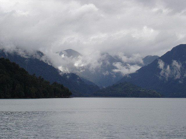 Termas de Callao: Lago Todos los Santos - © Flickr user GermanParra