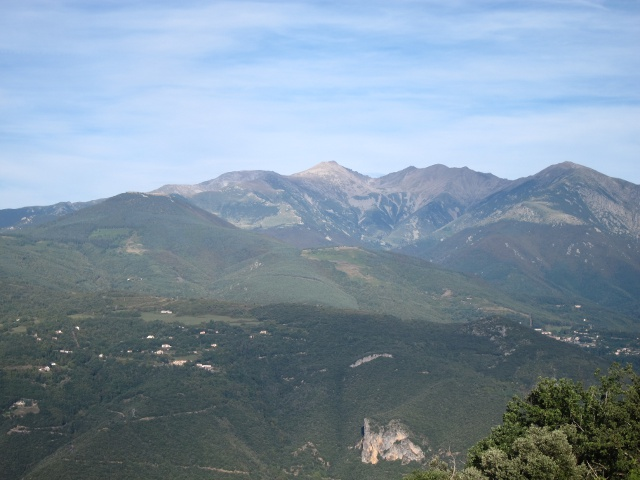 Eastern Pyrenees: Canigou, from Pilo de Belmaig area - © William Mackesy