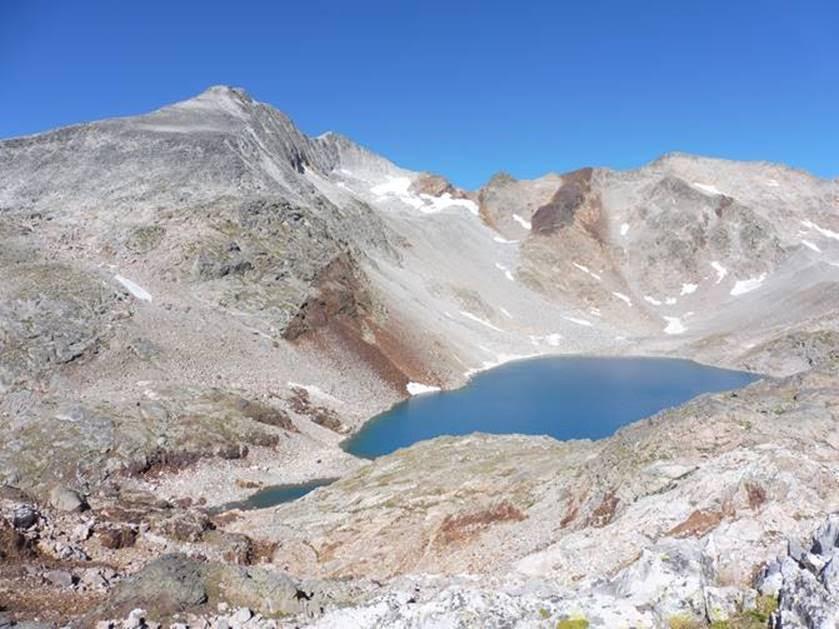 Spanish Pyrenees: Perdiugero, with Ibon de Lliterola - © Rupert de Borchgrave