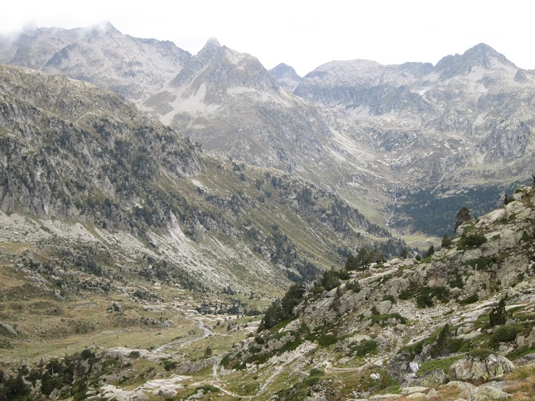 France Pyrenees, French Pyrenees, Down onto Upper Marcadau valley, Walkopedia