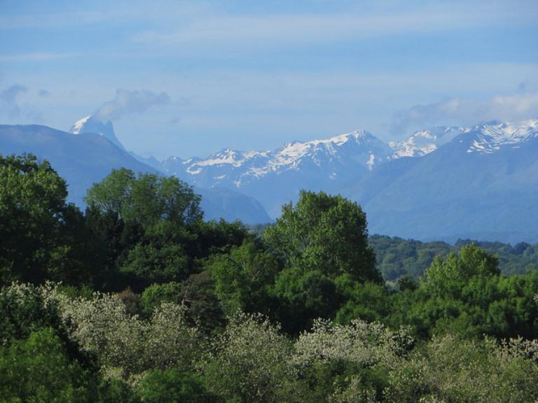 France Pyrenees, Pic du Midi d'Ossau, , Walkopedia