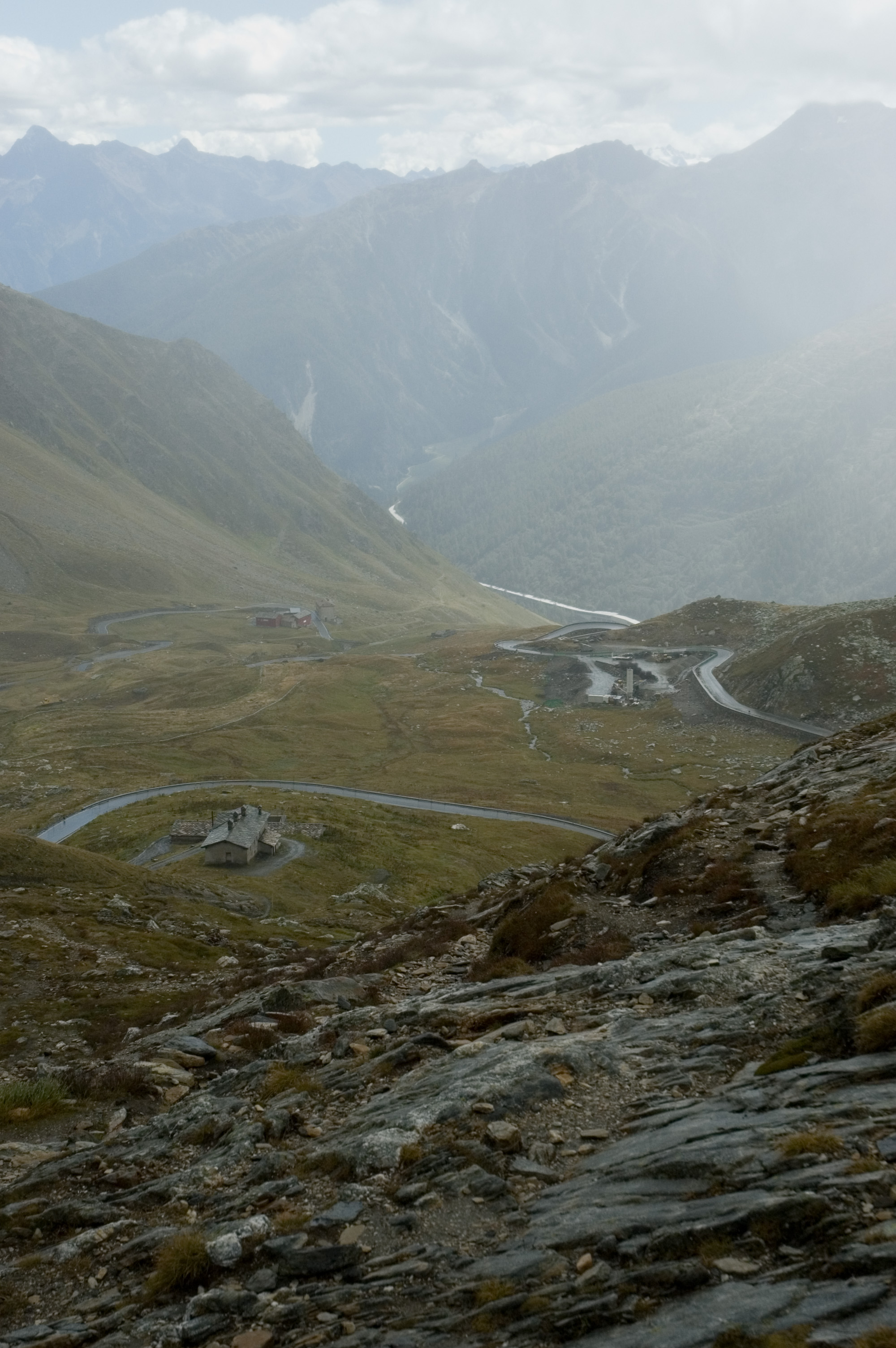 Great St Bernard Pass - © Flickr user Jakob van Santen