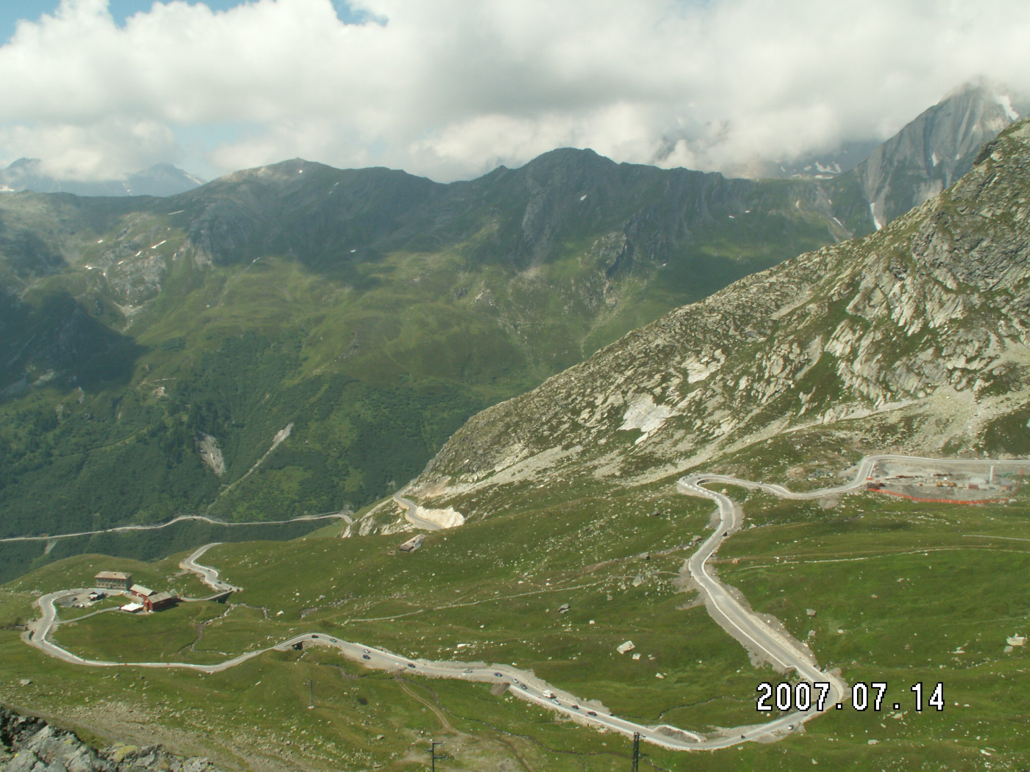 Great St Bernard Pass - © Flickr user Derbon D. Derbon...