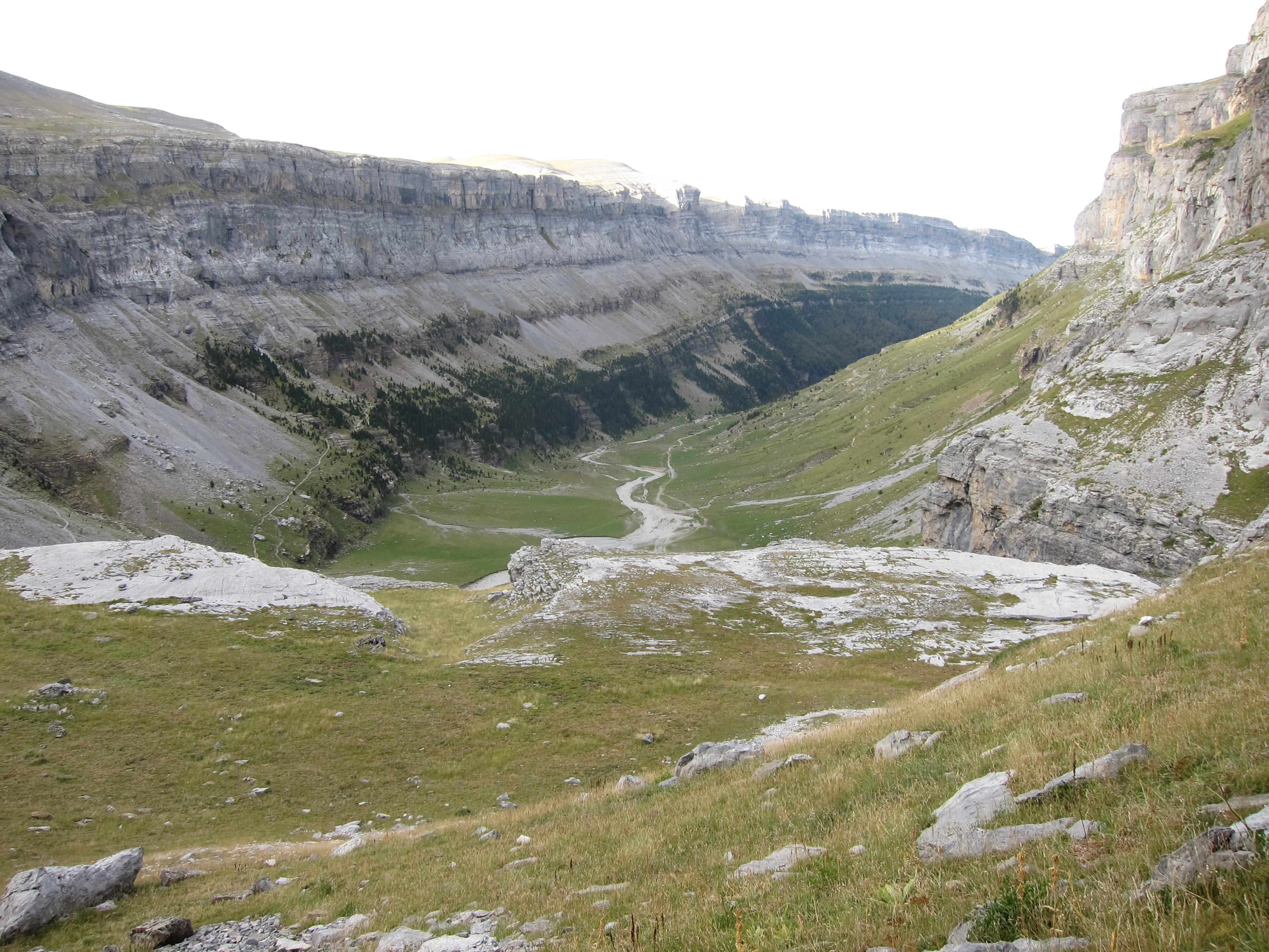 Spain Pyrenees, Ordesa Canyon, , Walkopedia