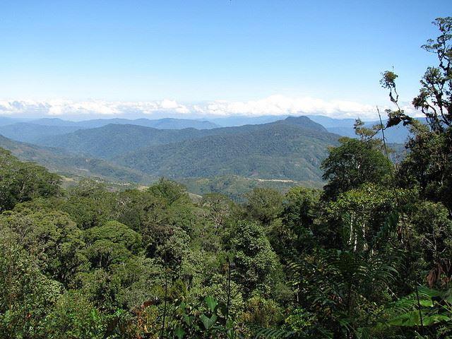 Efogi and Kagi villages from the Kokoda Track - © Flickr user Arthur Chapman