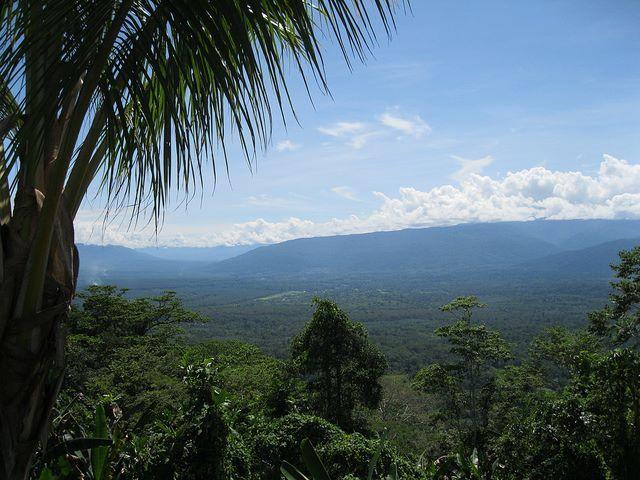 The Kokoda valley from Deniki - © Flickr user wtr1234