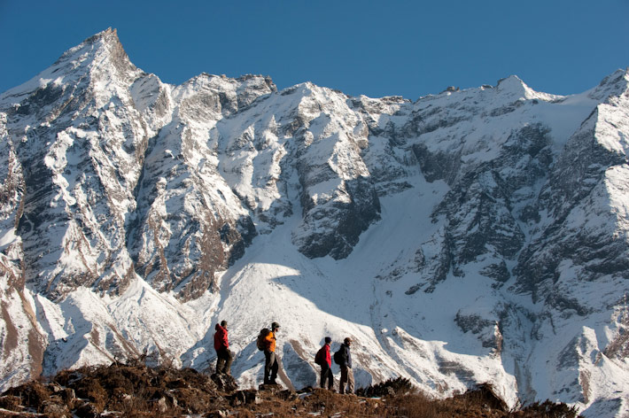 Manaslu Circuit: Amazing mountain views near Manaslu (used with permission) - © Alex Treadway alextreadway.co.uk