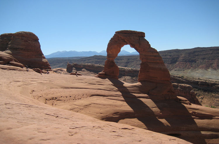 Arches National Park: Delicate Arch - © By Flickr user Jderuna