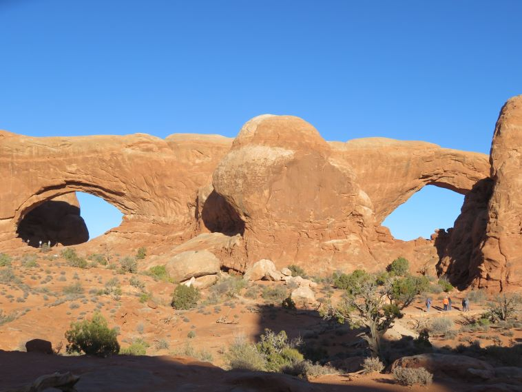 Arches National Park: Windows Arches  - © William Mackesy