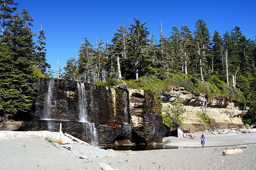 Tsusiat Falls on the West Coast Trail  - © wikimedia David W Enstrom