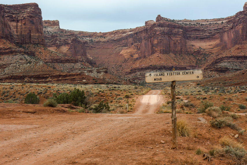 Down on the White Rim Road - © greg willis wiki