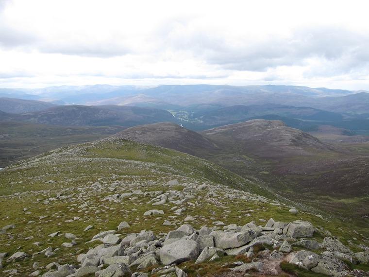 Lochnagar and Loch Muick: North from Lochnagar summit - © William Mackesy