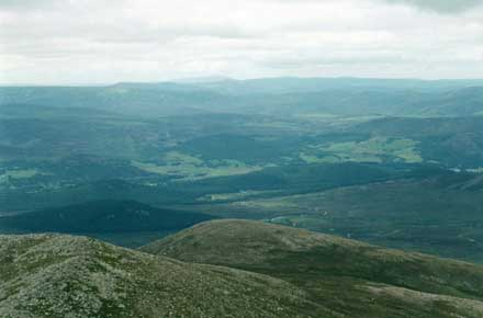 Lochnagar - north from peak - © William Mackesy