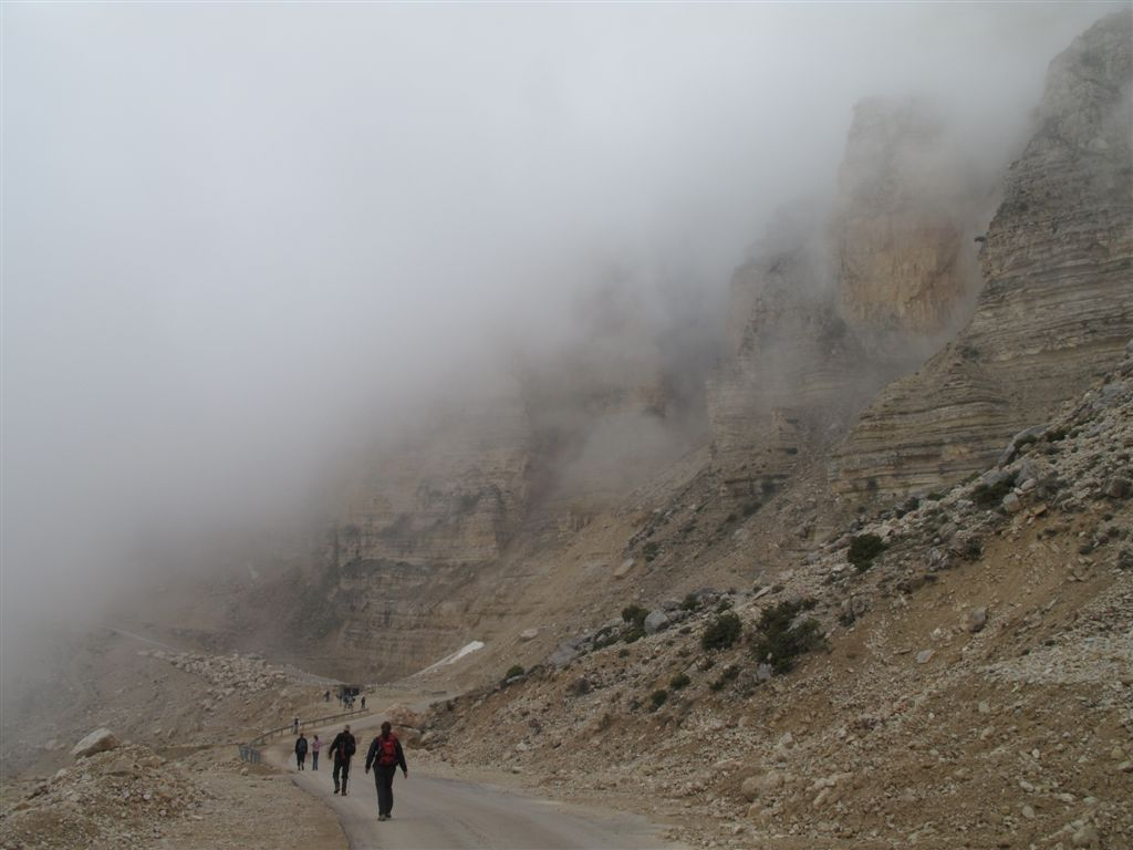 Cliffs and fog - Beqaa Safrine - © ImadM