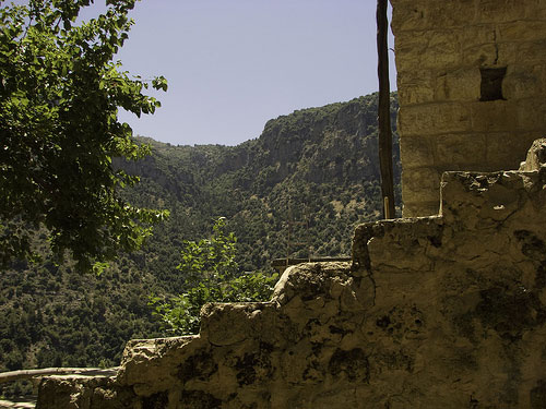 Lebanon Mountain Trail - Monastery - © By Flickr User MATR