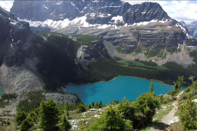 "Lake O""Hara on Wiwaxy Gap trail - © Richard Zen"