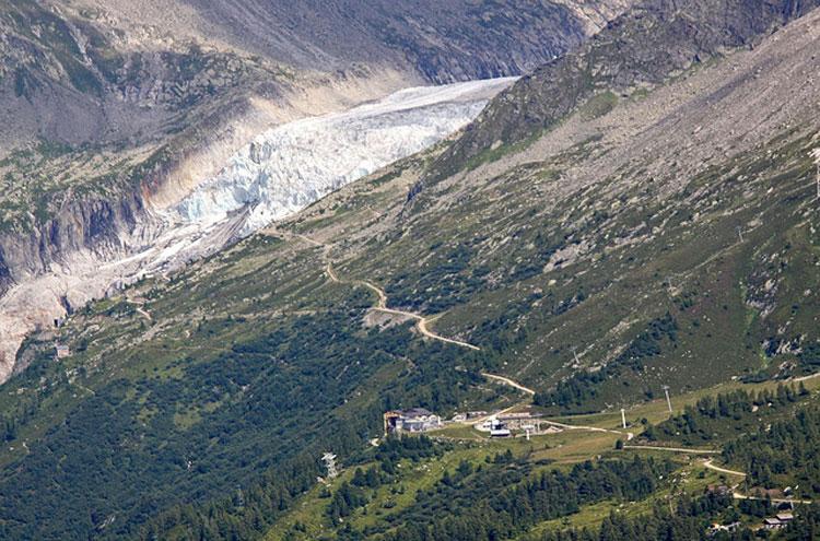 """Aiguilles Rouges: Glacier d""""Argentiere - © Flickr user Giam"""