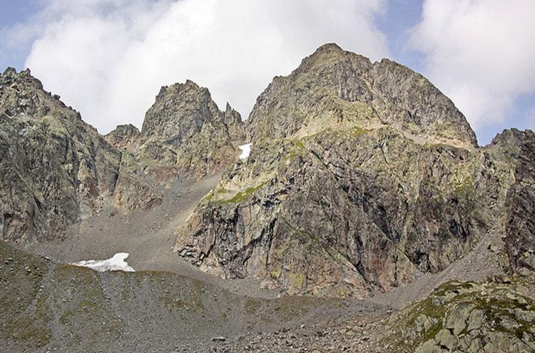Le massif des Aiguilles Rouges - © Flickr user Giam