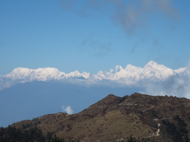 India Sikkim and nearby, Singalila Ridge, first view of Kanchenjunga from Sandakphu, Walkopedia