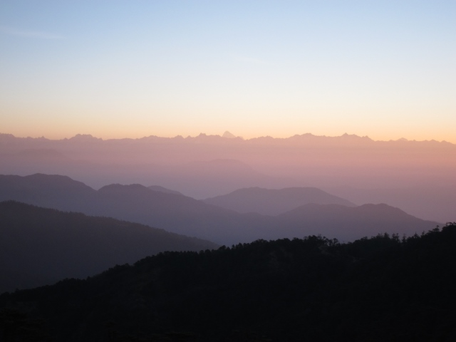 India Sikkim and nearby, Singalila Ridge, Sandakphu, across Sikkim toward Jomolhari, early light, Walkopedia