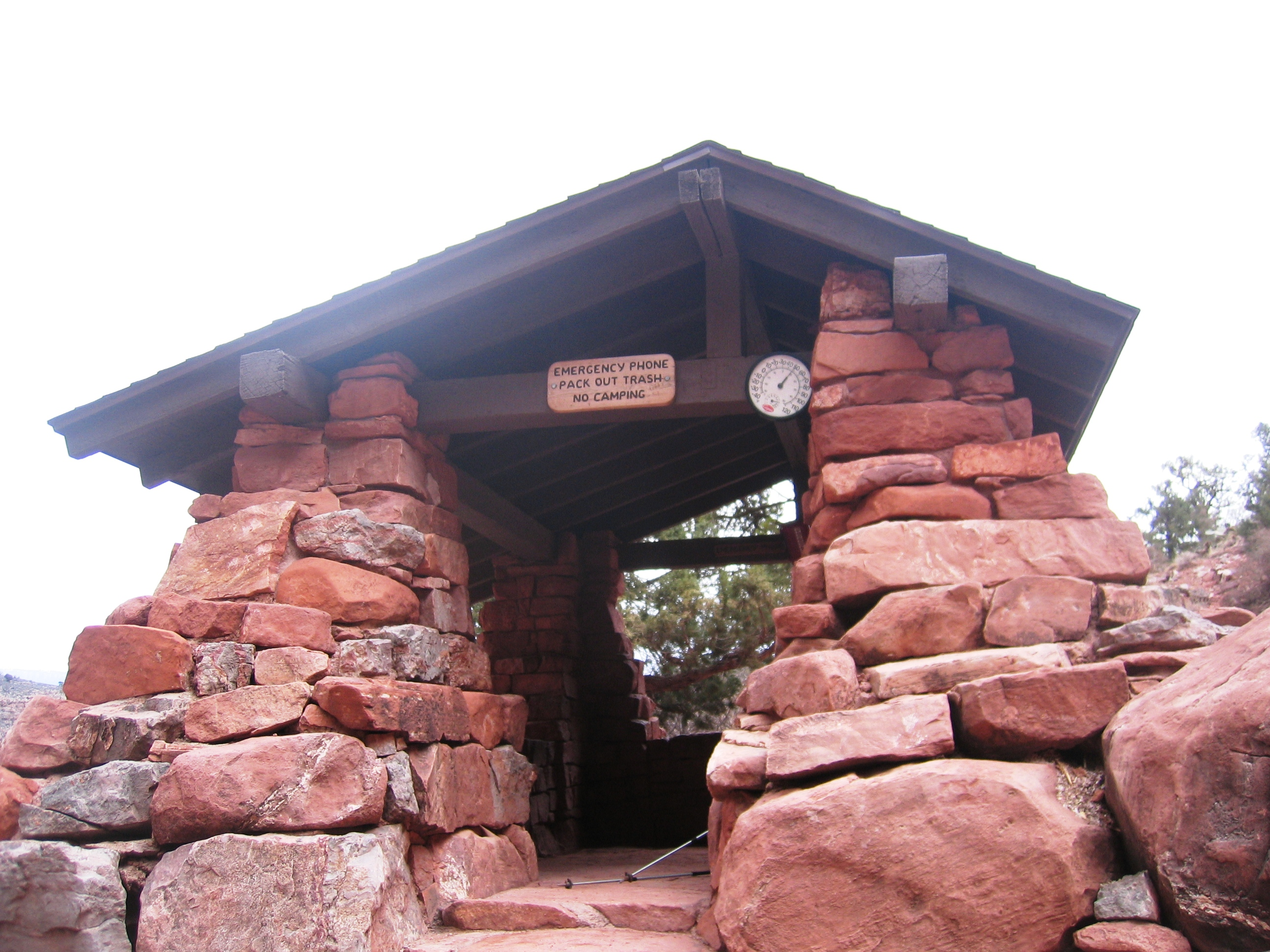 3  mile rest house on Bright Angel Trail - © Katherine Stuart