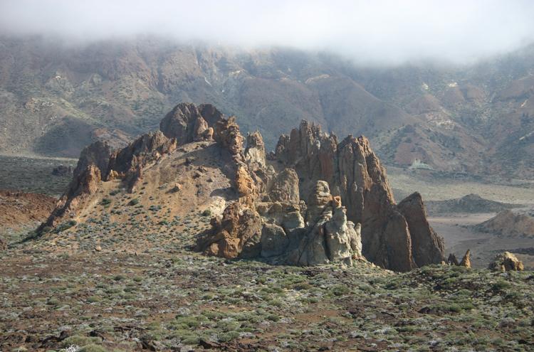 El Teide and Pico Viejo: Roques de Garcia - © William Mackesy