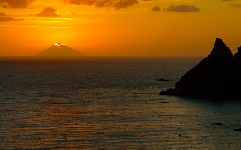 Italy Aeolian Islands, Stromboli, Stromboli On Fire, shot from Capo Vaticano (Calabria, Italy) , Walkopedia