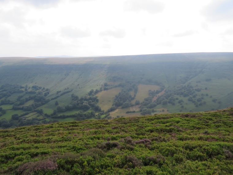 United Kingdom Wales Black Mountains, Hatterrall Ridge, Hatterrall Ridge from Black Hill ridge, Walkopedia