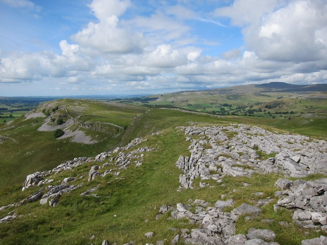 Ridge north from Smearsett Scar - © William Mackesy