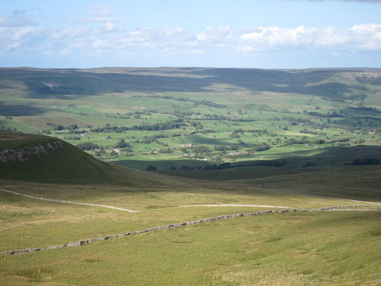 United Kingdom England Yorkshire Dales, Wensleydale, Wensleydale from Cam High Road 2, Walkopedia