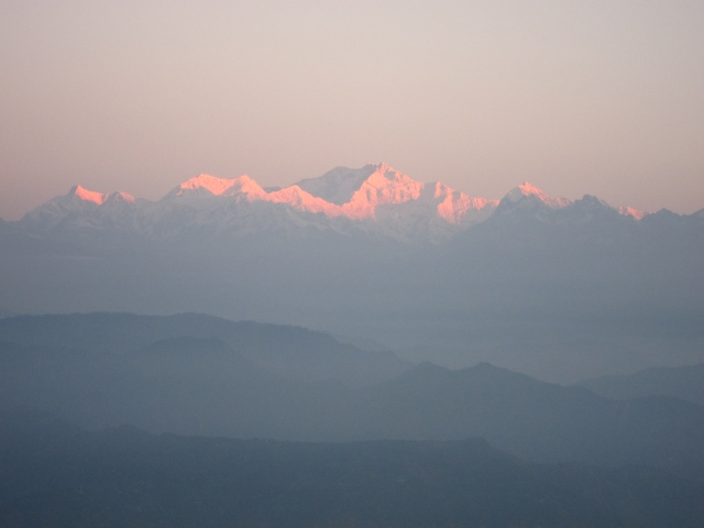 Kangchenjunga dawn - © William Mackesy