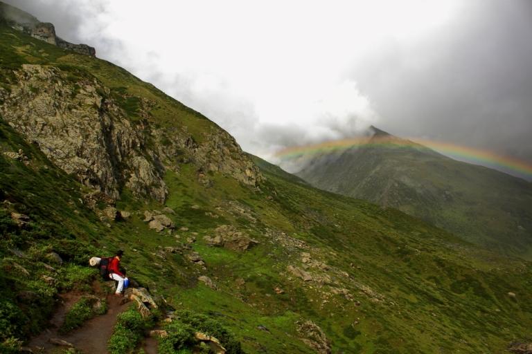 India NW:Himachal Pradesh, Kugti Pass, Rainbow over pass, Walkopedia