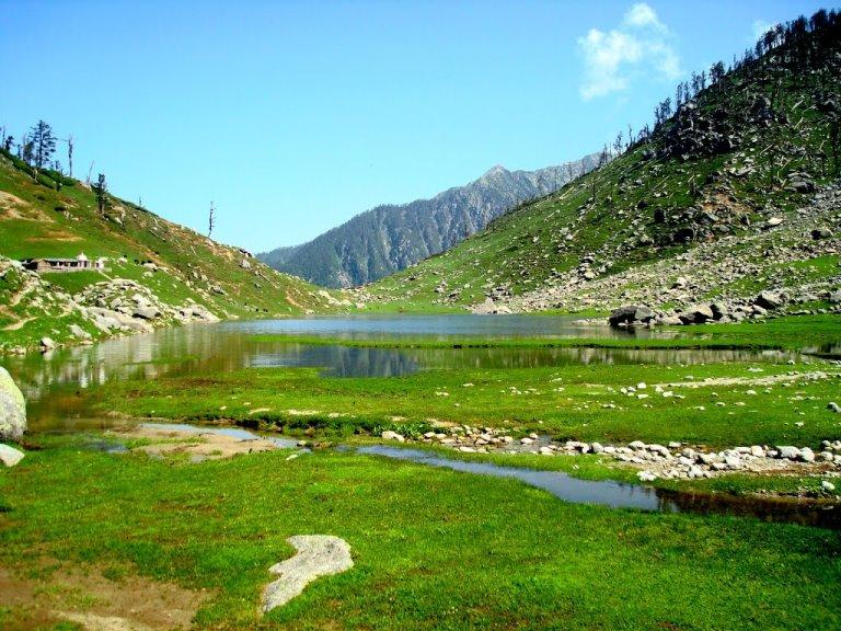 Kareri Lake: © google image user