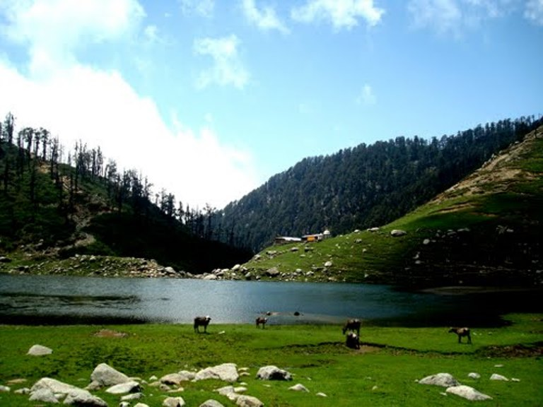 Kareri Lake: © google image user 2