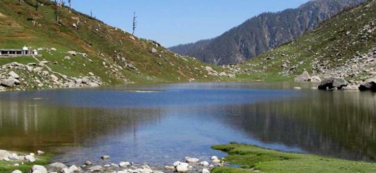Kareri Lake: © tourmyindia.com - google images yser