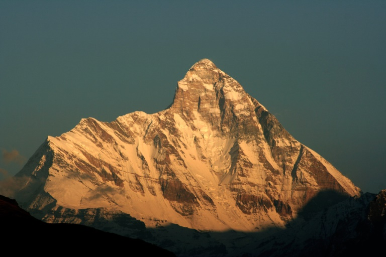 Nanda devi - from Auli - © Flickr User - Michael Scalet