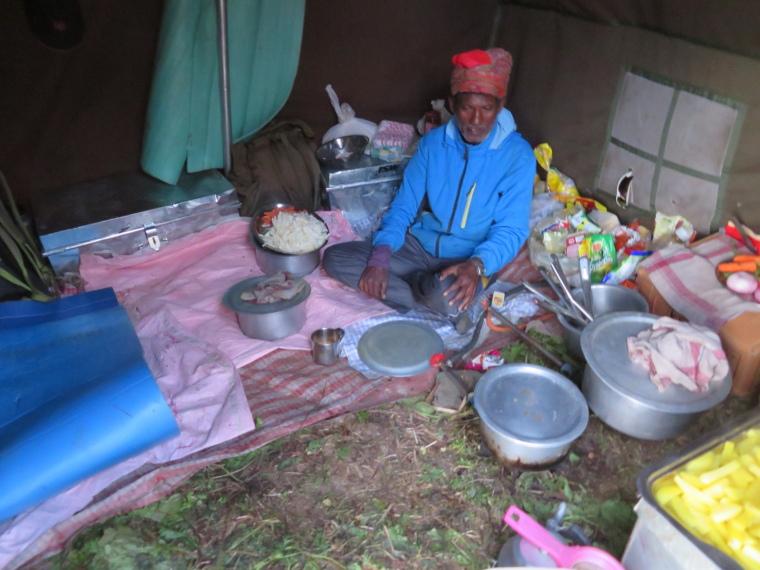 India NW: Uttarakhand/Garwhal, Kuari Pass (Curzon Trail) , John the genius cook, Walkopedia