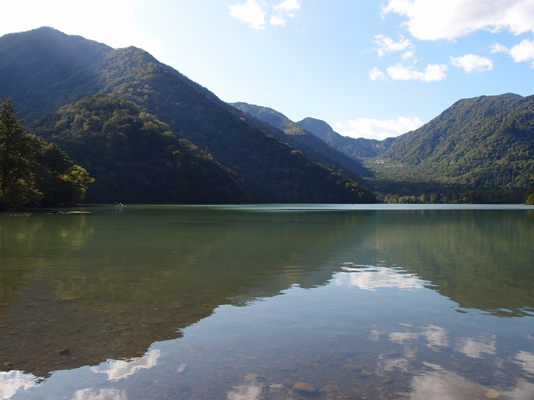 Lake Yunoko @ Nikko Yumoto Hot Spring Area  - © Guilhem Vellut flickr user