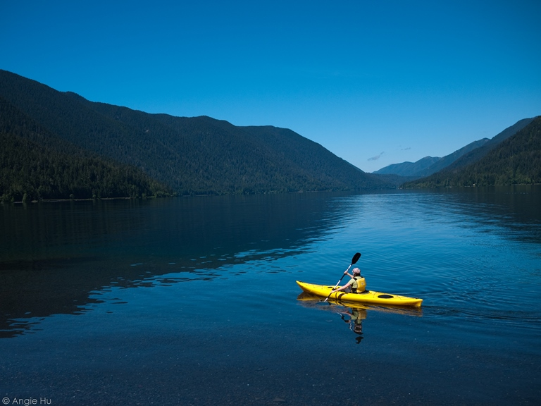 Lake Crescent - ©  Angie Hu flickr user