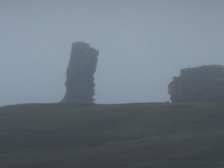 United Kingdom Scotland Orkney Islands, Orkney Islands, Old Man above misty ridge, Walkopedia
