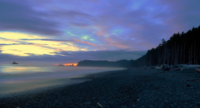 La Push Rialto Beach  - © Flickr user- Anupam_ts