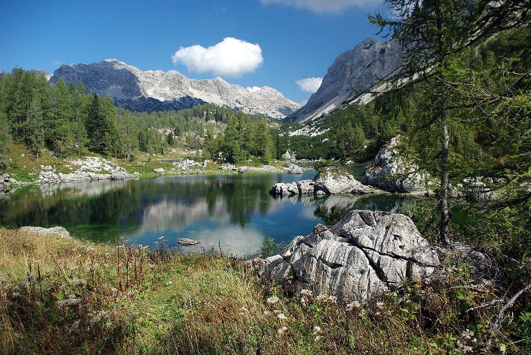 Slovenia Julian Alps, Triglav Lakes Valley, Double Lake (Dvonjno jezero) Comprises of two interconnected lake, Walkopedia