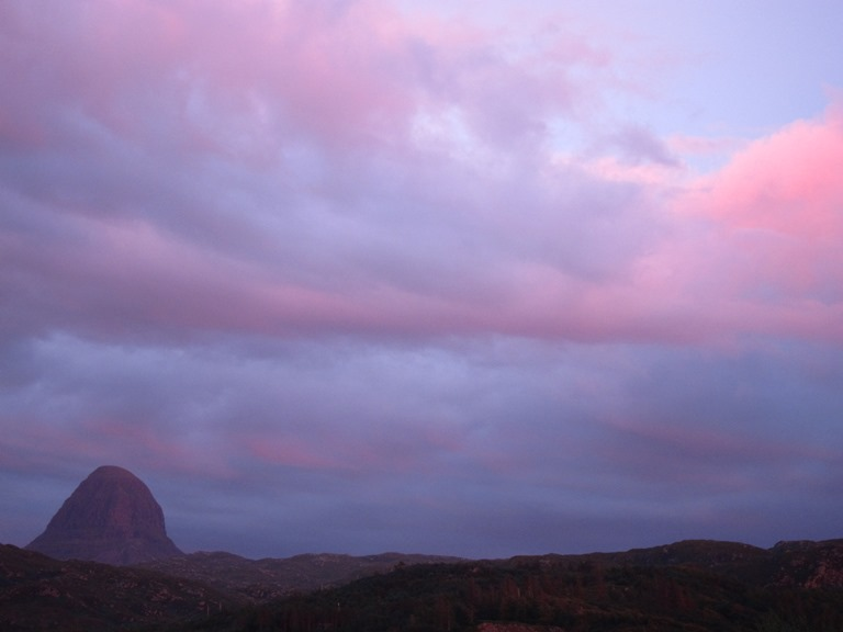 United Kingdom Scotland NW Highlands Assynt, Suilven, Sunset from Lochinver, Walkopedia