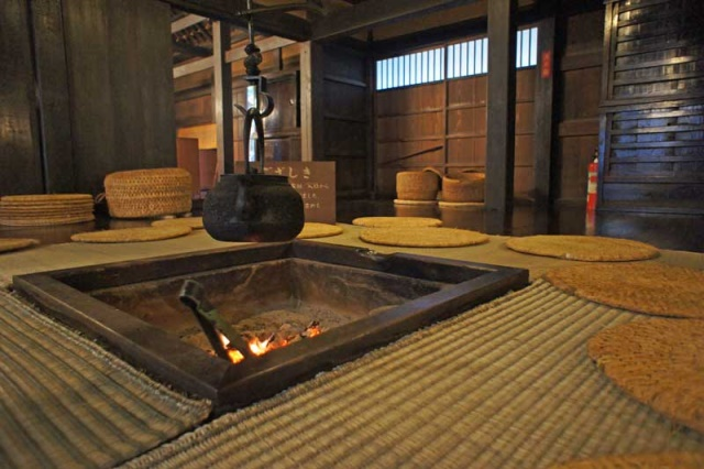 Hojinnoie - the only inn where Basho slept that still exists - © Walk Japan