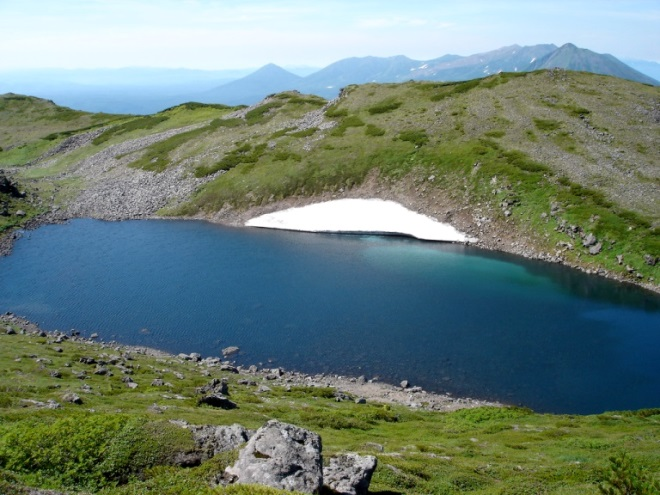 Snow melt lake in Daisetsuzan  - © flickr user- Boccaccio1