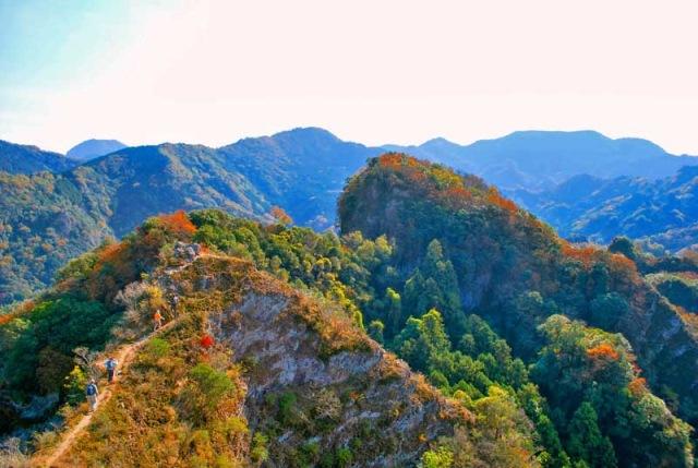 Nakayama-senkyo ridge - © Walk Japan