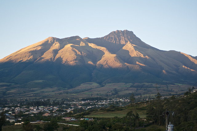 Cerro Imbabura: Imbabura from the Panamerican Highway - © Flickr User - Robert Nunn